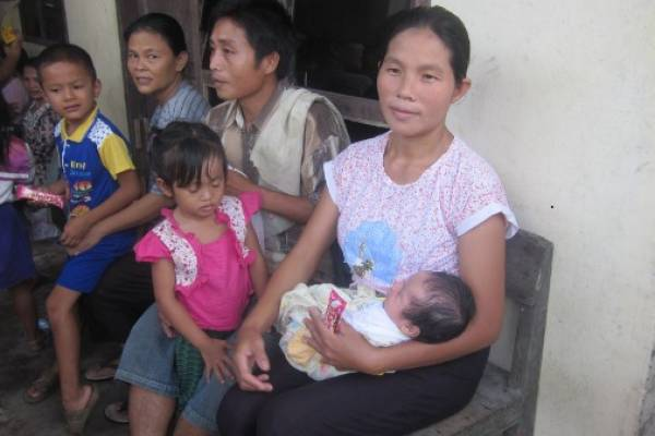 Tantangan Indonesia Menurunkan Stunting: read it and you will know all about Tantangan Indonesia Menurunkan Stunting for moms, the most interesting about Tantangan Indonesia Menurunkan Stunting on a site motherandbaby.co.id