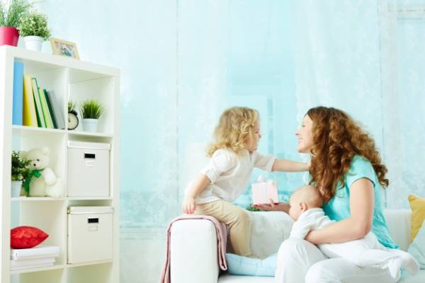 8 Hal Ini akan Membuat Anak Tumbuh Bahagia: read it and you will know all about 8 Hal Ini akan Membuat Anak Tumbuh Bahagia for moms, the most interesting about 8 Hal Ini akan Membuat Anak Tumbuh Bahagia on a site motherandbaby.co.id