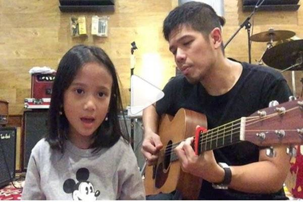 Lucunya Baim dan Putrinya Berduet: read it and you will know all about Lucunya Baim dan Putrinya Berduet for moms, the most interesting about Lucunya Baim dan Putrinya Berduet on a site motherandbaby.co.id