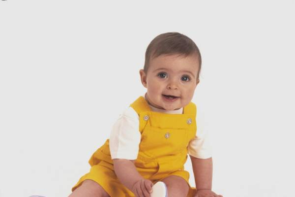 Saat Bayi Belajar Duduk: read it and you will know all about Saat Bayi Belajar Duduk for moms, the most interesting about Saat Bayi Belajar Duduk on a site motherandbaby.co.id