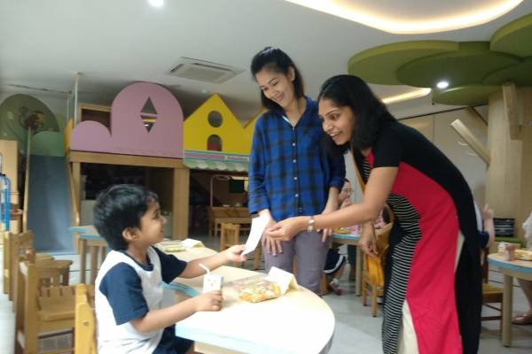 Hadiah Bambino Preschool untuk Anak Penderita Kanker: read it and you will know all about Hadiah Bambino Preschool untuk Anak Penderita Kanker for moms, the most interesting about Hadiah Bambino Preschool untuk Anak Penderita Kanker on a site motherandbaby.co.id