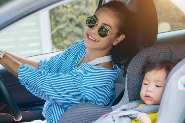 Tips Berkendara Aman dan Nyaman Bersama Si Kecil: read it and you will know all about Tips Berkendara Aman dan Nyaman Bersama Si Kecil for moms, the most interesting about Tips Berkendara Aman dan Nyaman Bersama Si Kecil on a site motherandbaby.co.id