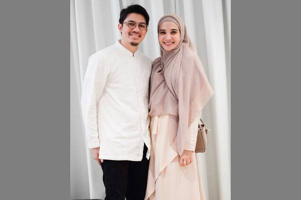 Curhatan Zaskia Sungkar tentang 8 Tahun Usia Pernikahan: read it and you will know all about Curhatan Zaskia Sungkar tentang 8 Tahun Usia Pernikahan for moms, the most interesting about Curhatan Zaskia Sungkar tentang 8 Tahun Usia Pernikahan on a site motherandbaby.co.id