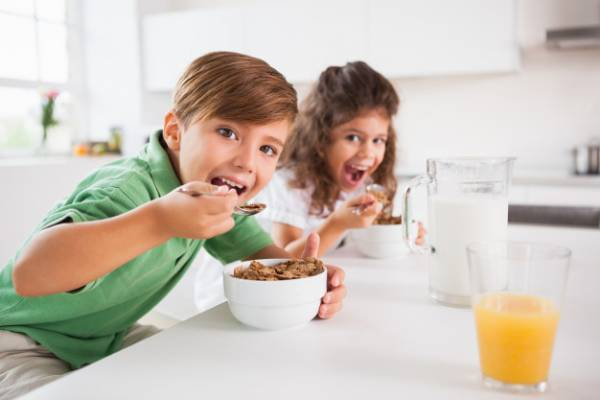 Tips Dokter Gizi dalam Memilih Menu Sarapan untuk Anak: read it and you will know all about Tips Dokter Gizi dalam Memilih Menu Sarapan untuk Anak for moms, the most interesting about Tips Dokter Gizi dalam Memilih Menu Sarapan untuk Anak on a site motherandbaby.co.id