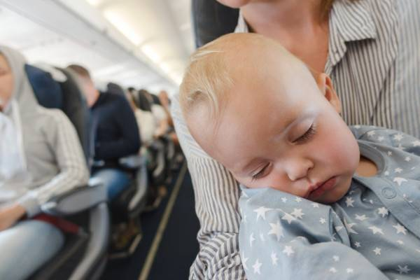 Tips Membawa Bayi Naik Pesawat: read it and you will know all about Tips Membawa Bayi Naik Pesawat for moms, the most interesting about Tips Membawa Bayi Naik Pesawat on a site motherandbaby.co.id