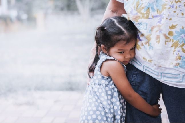 Dampak Buruk Helicopter Parenting pada Anak: read it and you will know all about Dampak Buruk Helicopter Parenting pada Anak for moms, the most interesting about Dampak Buruk Helicopter Parenting pada Anak on a site motherandbaby.co.id